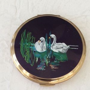 Vintage 1950s Stratton Compact Enameled with Swans